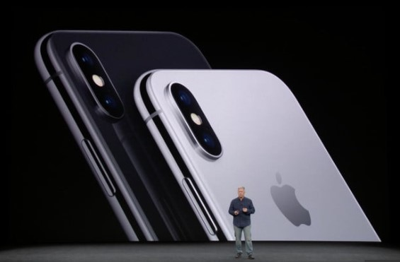 Apple iPhone X Camera Picture
